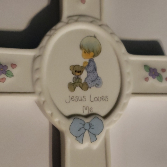 Vintage Child's Precious Moments Cross
